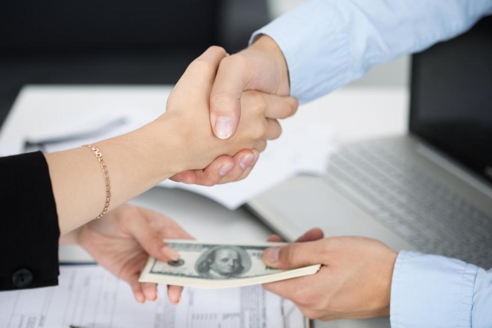 Банки рефинансирующие кредиты с плохой кредитной